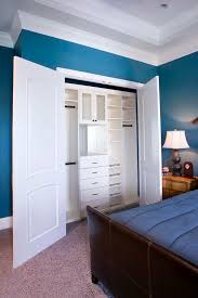30 custom reach in closet storage system designs small spaces