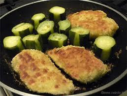 cuisiner des blancs de poulet moelleux filet de poulet pané et moelleux recette facile recettes à base