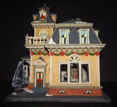 heartland valley porcelain lighted house