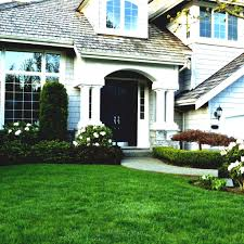 Gardening Ideas For Small Yards Landscaping Ideas For Small Yards Low Maintenance Gardens Photos