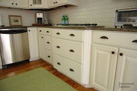 How To Paint Kitchen Cabinets With Annie Sloan Chalk Paint Kitchen Cabinets Annie Sloan Chalk Paint Interior Design