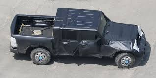 jeep bed in back 2017 jeep wrangler pickup spy shots u2013 preview of the 2017 jeep