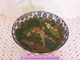comment cuisiner le blé soupe verte au blé mondé et au sarrasin vegan paperblog