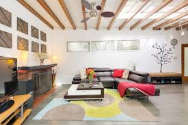 modernized 1920s bungalow in laurel canyon asking 1 1m curbed la