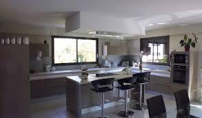 cuisine ouverte avec ilot central modeles de cuisine avec ilot central cuisine cuisine avec