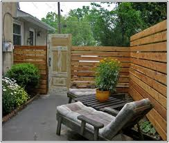 Fencing Ideas For Backyards by Good Looking Cheap Wood Fence Ideas Fence Railing Pinterest