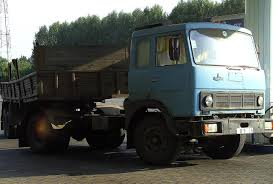maz car file maz truck in russia jpg wikimedia commons