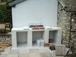 cuisine exterieure beton plan de travail exterieur en beton construction dun barbecue sur