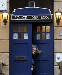 doctor who fan turns front door into a tardis and posts life sized