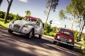 citroen 2cv classics renault 4 vs citroen 2cv youtube
