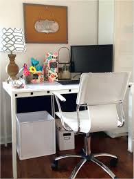 Office Chair Wheels For Laminate Floors Tall White Desk Chairs With Wheels Design Ideas 92 In Noahs Condo