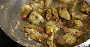 comment cuisiner l artichaut artichauts poivrade recette d artichauts poivrade sautés