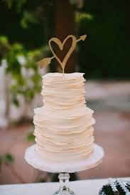 plain wedding cakes best 25 gold heart wedding cakes ideas on white heart