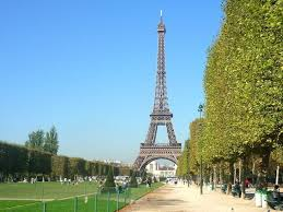 Discover The Eiffel Tower Paris U0027 Iconic Monument French Moments