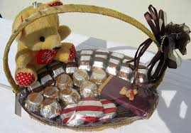 chocolate baskets chocolate products chocolate lollipops exporters designer