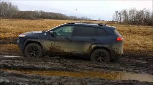 jeep grand cherokee trailhawk 2014 2014 cherokee trailhawk mud slinging youtube