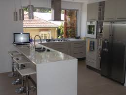 gloss kitchen with 30mm stone benchtops