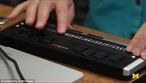 How Do Blind People Read Braille Kindle Style Braille Tablet For The Blind Will Allow People To