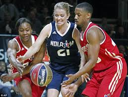 Kristen Ledlow Nude - rapper snoop dogg takes to the court for nba all star celebrity