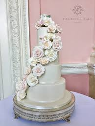 penn wedding cakes wedding cakes london and buckinghamshire