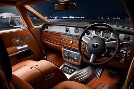 future rolls royce interior next rolls royce phantom to slim down thanks to aluminum platform