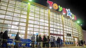 discounts lure hundreds to toys r us on thanksgiving lehigh