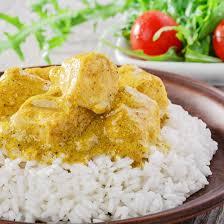 cuisine avec du riz recette curry de blanc de poulet au lait de coco et au riz thaï
