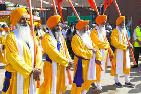 traditional dress and ceremonial attire of sikhs