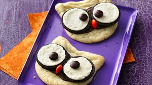 Bat Cookies For Halloween by Scary Good Halloween Cookies Pillsbury Com