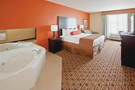 Comfort Suites Columbus Indiana Hotel La Quinta Columbus Edinburgh In Booking Com