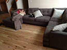 advice on what color rug to go with my gray couch and light hardwood f