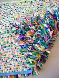 How To Make T Shirt Yarn Rug Best 25 T Shirt Yarn Ideas On Pinterest T Shirt Weaving Rag
