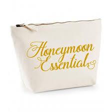 honeymoon essentials gifts 185 best fairy tale wedding honeymoon images on