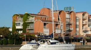 h tel port hotel hotel gruissan tariff reviews photos