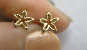 small stud earrings solid gold flower stud earrings dainty flower studs small