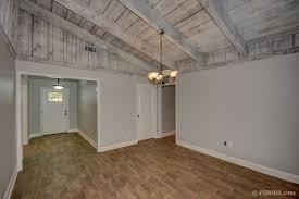 cool ceilings great neighborhood completely renovated in