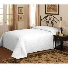 bedspreads bed spreads beddingtrends