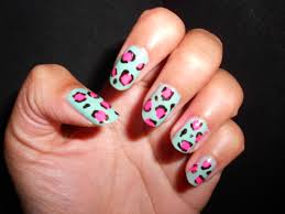 nail polishes munch and makeup