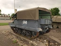 file universal carrier t16 u0027uc u0027 pic06 jpg wikimedia commons