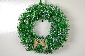 diy tinsel wreath revamperate