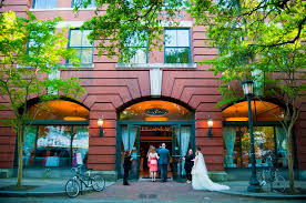 historic savannah wedding venue bryson hall chippewa square