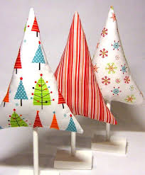 pinterest christmas decorated rooms no frills fabric stuffed