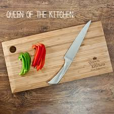 personalised cutting boards personalised bamboo chopping board treat republic