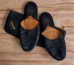 Leather Bedroom Slippers 76 Best Black Slippers Images On Pinterest Black Slippers Men U0027s