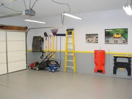 Apartment With Garage Awesome Garage Wall Decorating Ideas 85 In Garage Interior Floor