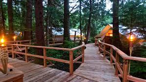 vancouver island getaways resorts