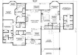 house plans with in suites why in suites houseplans