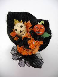 Vintage Halloween Decorations For Sale A Fun Corsage For Halloween Made Using Vintage Black Velvet And