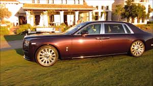 roll royce night rolls royce phantom viii 2017 18 evening night time in and outside