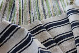 Weave Rugs Update A Dining Chair Cushion With A Flat Weave Rug How Tos Diy
